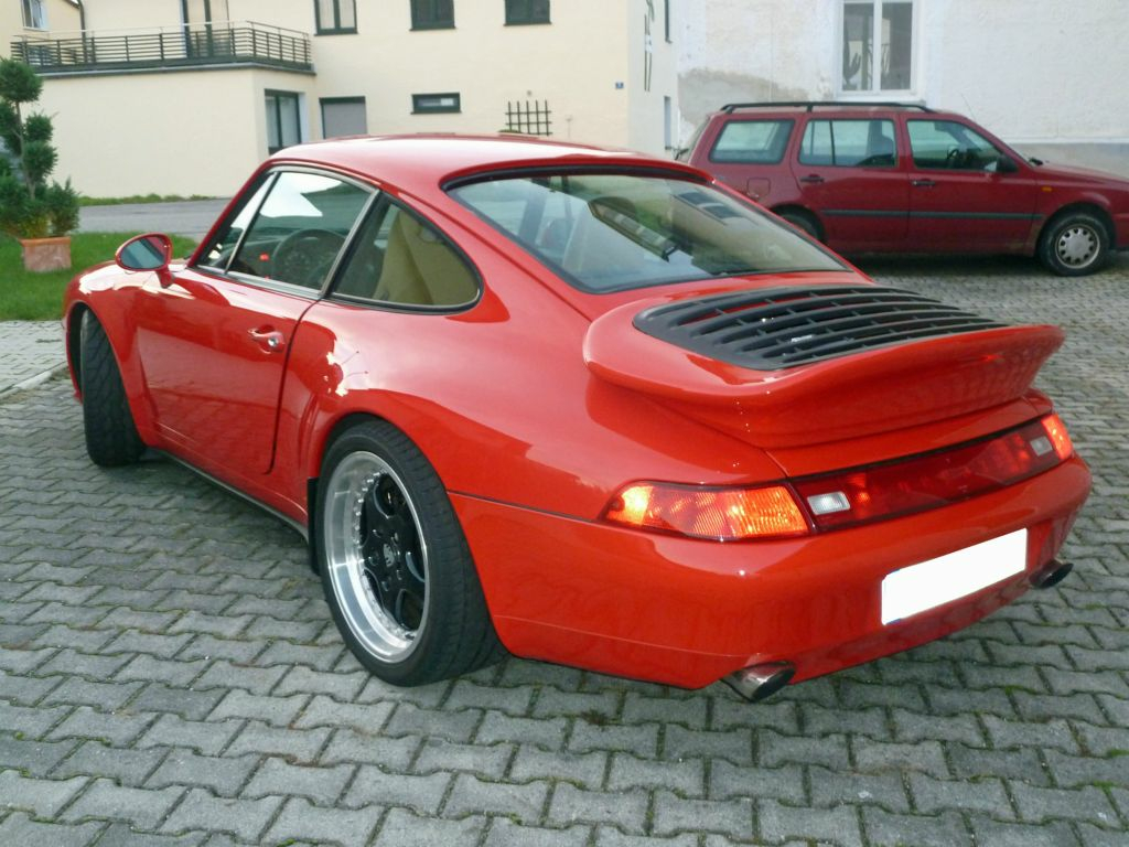 Porsche 993 Carrera mit Werksprototyp Heckspoiler